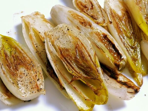 perfect for tonight: braised endive – LeSauce