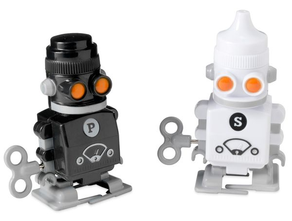 the perfect piece: wind-up robot salt + pepper shakers